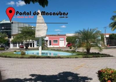 Portal-praça-macaubas07