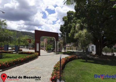 Praça de Macaúbas (32)
