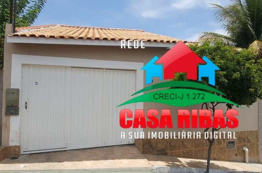 OPORTUNIDADE! EXCELENTE CASA RESIDENCIAL NO BAIRRO ALTO SENHOR DO BONFIM – MACAÚBAS – BA